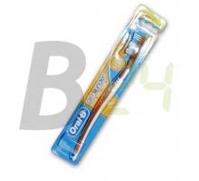 Oral-b fogkefe classic care medium (1 db) ML076480-21-6